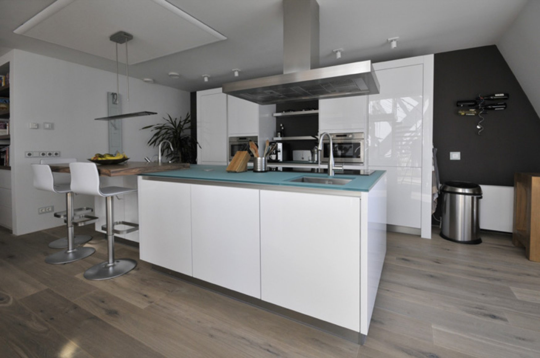 Eethoek Keuken : for Rent ?2.000 Per Month excl. – Apartment, Penthouse, Unfurnished